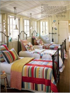 Comfortable Lake Bedroom Design Ideas 13