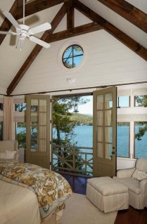 Comfortable Lake Bedroom Design Ideas 35