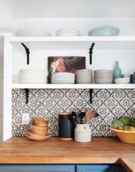 Creative And Innovative Kitchen Backsplash Decor Ideas 32