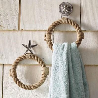 Fabulous Coastal Decor Ideas For Bathroom 08