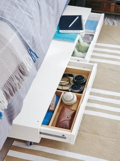 Genius Space Saving Hacks For Your Tiny House 43