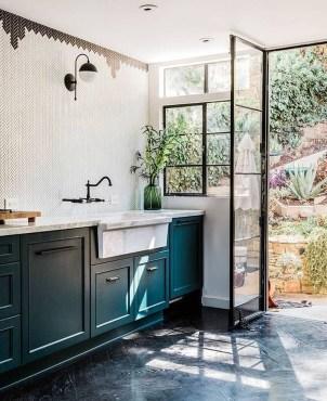 Gorgeous Black Kitchen Design Ideas You Have To Know 17