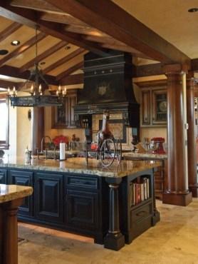Gorgeous Black Kitchen Design Ideas You Have To Know 18