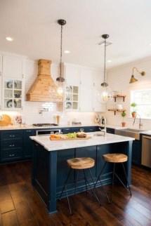 Gorgeous Black Kitchen Design Ideas You Have To Know 28