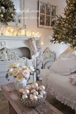 Lovely Shabby Chic Living Room Design Ideas 14