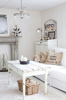 Lovely Shabby Chic Living Room Design Ideas 15