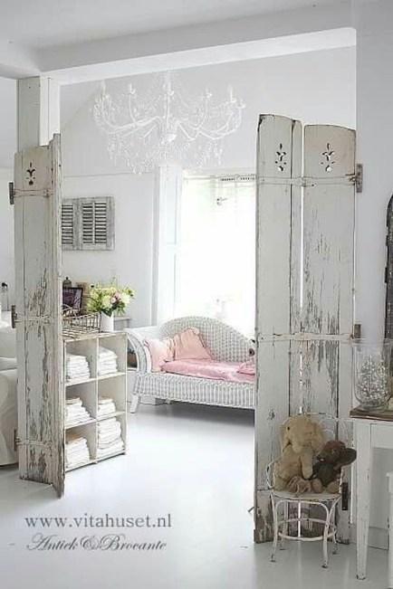 Lovely Shabby Chic Living Room Design Ideas 24