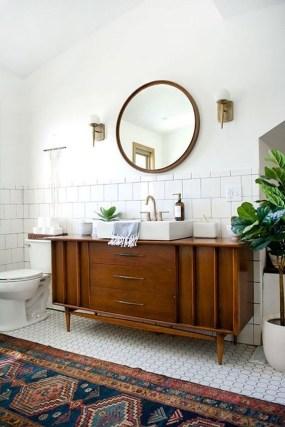 Stunning Rustic Farmhouse Bathroom Design Ideas 07