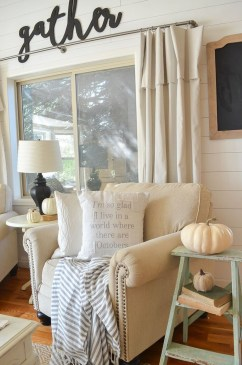 Amazing Fall Decorating Ideas To Transform Your Interiors 17