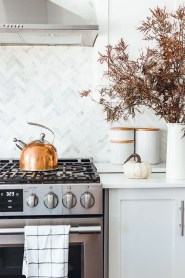Amazing Fall Decorating Ideas To Transform Your Interiors 20