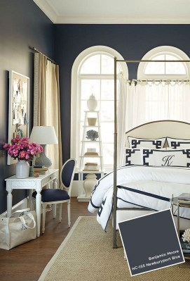 Beautiful White Bedroom Decoration That Will Inspire You 21