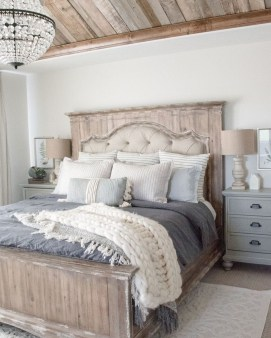 Best Ideas For Master Bedroom Decoration You Should Try 38