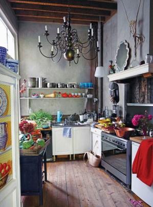 Classy Bohemian Style Kitchen Design Ideas 32