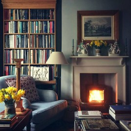Cozy And Relaxing Living Room Design Ideas 20