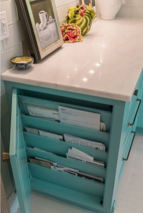 Easy DIY Kitchen Storage Ideas For Your Kitchen 15