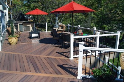 Easy DIY Wooden Deck Design For Your Home 33