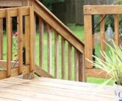Easy DIY Wooden Deck Design For Your Home 51
