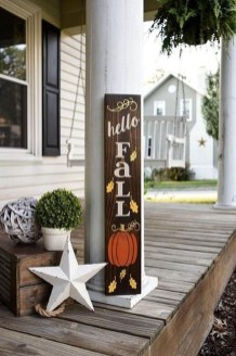 Easy Fall Porch Decoration Ideas To Make Unforgettable Moments 04