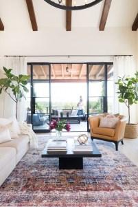 Elegant Bohemian Style Living Room Decoration Ideas 11