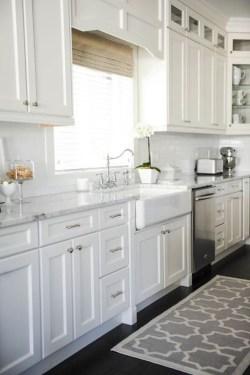 Elegant White Kitchen Cabinets For Your Kitchen 07