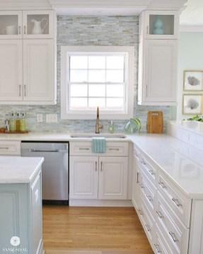 Elegant White Kitchen Cabinets For Your Kitchen 33
