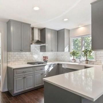 Elegant White Kitchen Cabinets For Your Kitchen 35