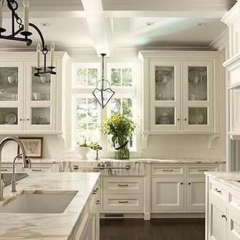 Elegant White Kitchen Cabinets For Your Kitchen 44