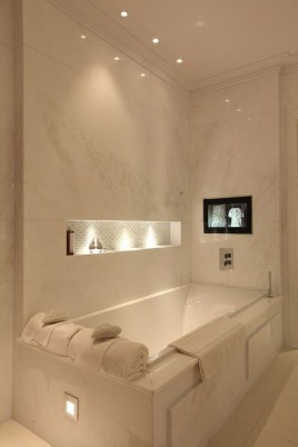 Fresh And Modern Bathroom Decoration Ideas 24