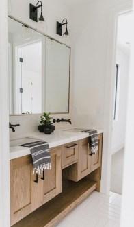 Fresh And Modern Bathroom Decoration Ideas 31