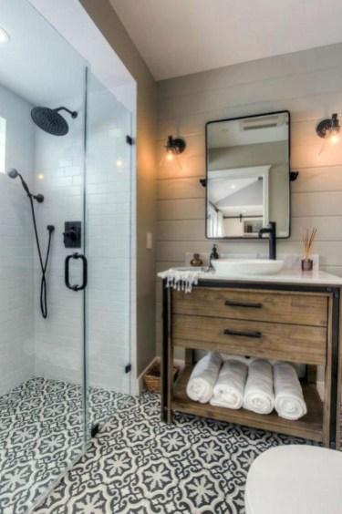 Fresh And Modern Bathroom Decoration Ideas 46