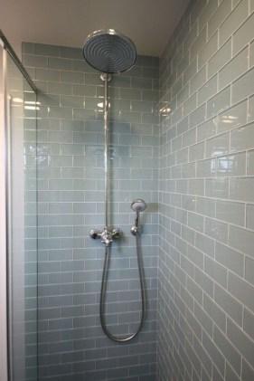 Luxurious Tile Shower Design Ideas For Your Bathroom 09