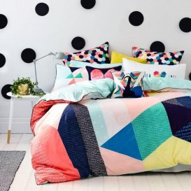 Modern Colorful Bedroom Design Ideas For Your Daughter 02