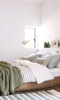 Modern Colorful Bedroom Design Ideas For Your Daughter 20
