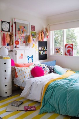 Modern Colorful Bedroom Design Ideas For Your Daughter 42