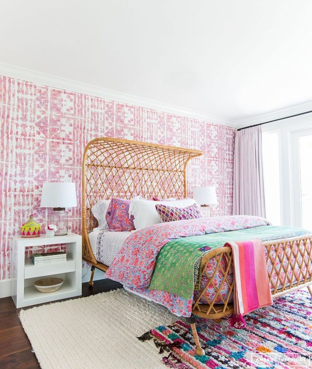 Modern Colorful Bedroom Design Ideas For Your Daughter 47