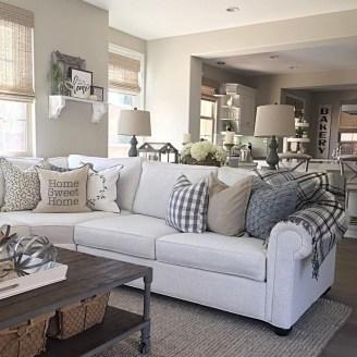 Modern Farmhouse Living Room Design Ideas 38