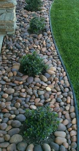 Relaxing Modern Rock Garden Ideas To Make Your Backyard Beautiful 36