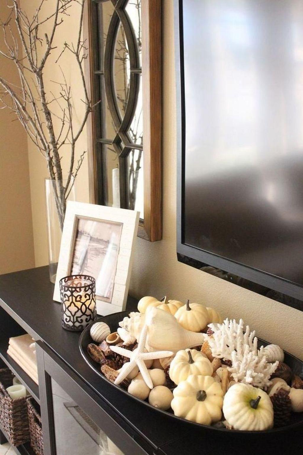 Stunning Fall Living Room Decoration Ideas 08