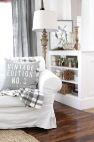 Stunning Fall Living Room Decoration Ideas 23