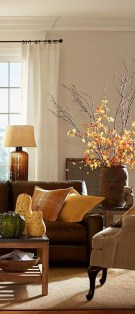 Stunning Fall Living Room Decoration Ideas 40