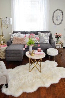 Top Design Ideas For A Small Living Room 16