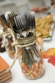 Beautiful Thanksgiving Table Decoration Ideas 14