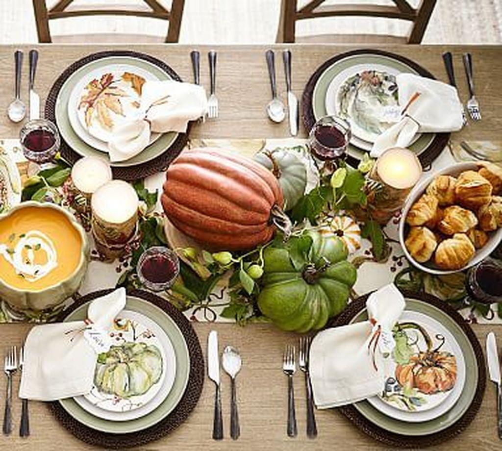 Beautiful Thanksgiving Table Decoration Ideas 47