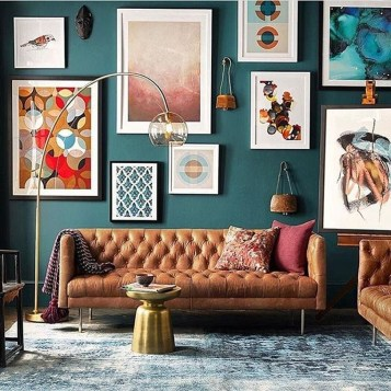 Brilliant Living Room Wall Gallery Design Ideas 25