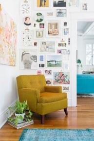 Brilliant Living Room Wall Gallery Design Ideas 30