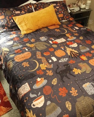 Cozy Fall Bedroom Decoration Ideas 17