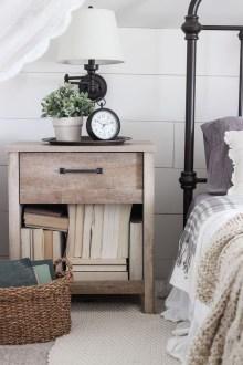 Cozy Fall Bedroom Decoration Ideas 44