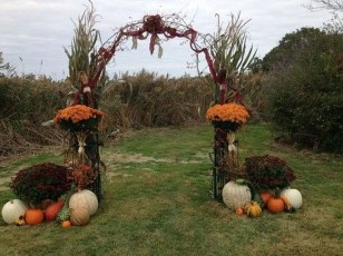 Elegant Outdoor Halloween Decoration Ideas 42