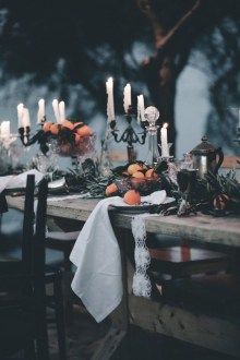 Elegant Outdoor Halloween Decoration Ideas 48