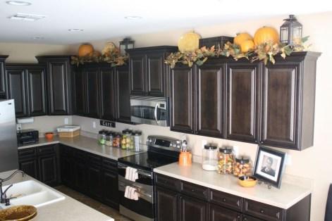 Fabulous Halloween Decoration Ideas For Your Kitchen 03
